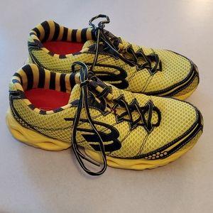 Spira Stinger 2 shoes Woman's size 7.5